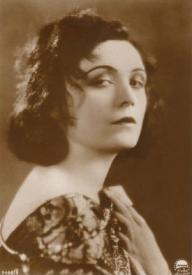 A Paramount publicity still of Pola Negri