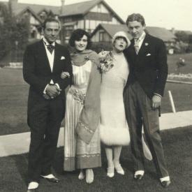 Rudolph Valentino, Pola Negri, Mae Murray and Prince Mdivani on their wedding day.