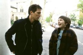 Hugh Grant and Nicholas Hoult in About a Boy.