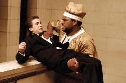Frankie Muniz and Anthony Anderson in Agent Cody Banks 2: Destination London.