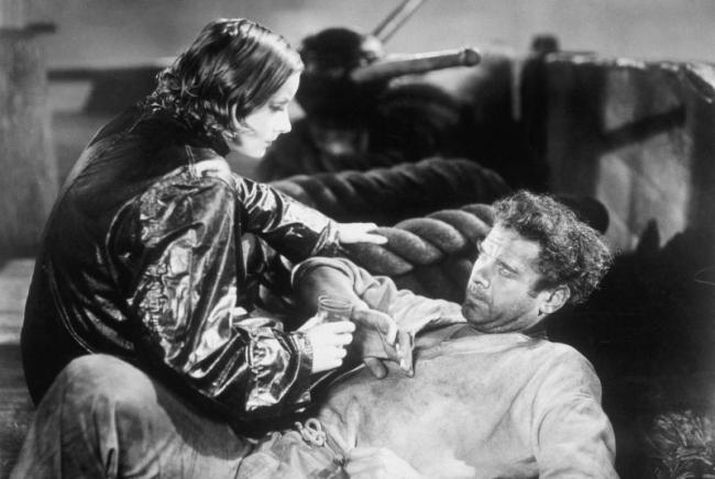 Greta Garbo and Charles Bickford in Anna Christie