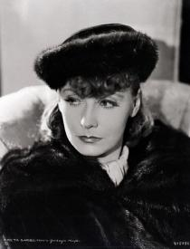 Greta Garbo IS Anna Karenina!