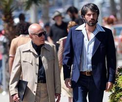 Alan Arkin and Ben Affleck in Argo.