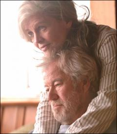 Gordon Pinsent and Julie Christie in Away from Her.
