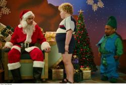Billy Bob Thornton, Brett Kelly, and Tony Cox in Bad Santa.