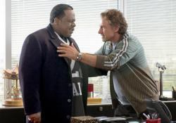Cedric the Entertainer and Harvey Keitel in Be Cool.