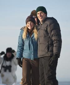 Drew Barrymore and John Krasinski in Big Miracle