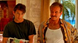Dan Futterman and Robin Williams in The Bird Cage