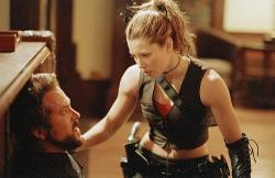 Ryan Reynolds and Jessica Biel in Blade: Trinity.