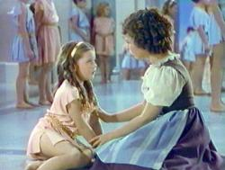 Shirley Temple meets her unborn sister in The Blue Bird.