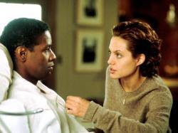Denzel Washington and Angelina Jolie in Bone Collector.
