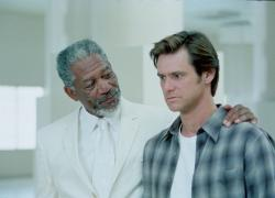 Morgan Freeman and Jim Carrey in Bruce Almighty.