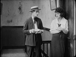Harold Lloyd and Bebe Daniels in Bumping into Broadway.