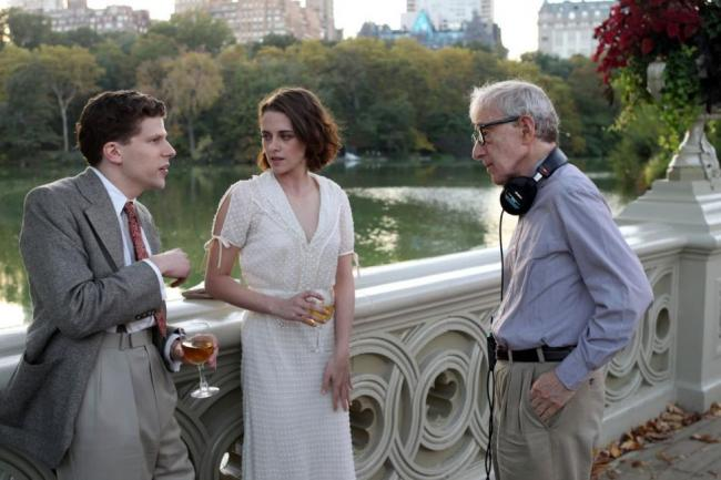 Woody Allen directs Jesse Eisenberg and Kristen Stewart in Central Park for a scene in Café Society.