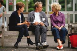 Julie Walters, Phillip Glenister and Helen Mirren in Calendar Girls