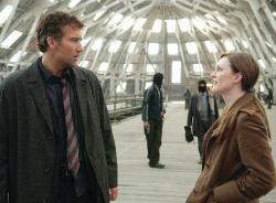 Clive Owen and Julianne Moore in Children of Men.