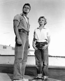 Keith Andes and Marilyn Monroe in Clash by Night
