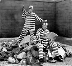 Buster Keaton in Convict 13