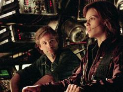 Aaron Eckhart and Hilary Swank in The Core.