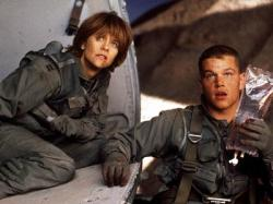 Meg Ryan and Matt Damon in Courage Under Fire.