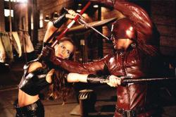 Jennifer Garner and Ben Affleck in Daredevil.