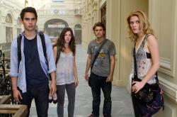 Max Minghella, Olivia Thirlby, Emile Hirsch and Rachael Tyler in The Darkest Hour