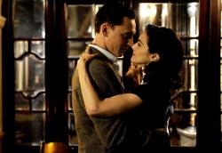 Tom Hiddleston and Rachel Weisz in Deep Blue Sea.