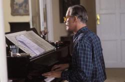 Kevin Kline as Cole Porter in De-lovely.