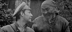 Yuri Solomin and Maxim Munzuk in Dersu Uzala.