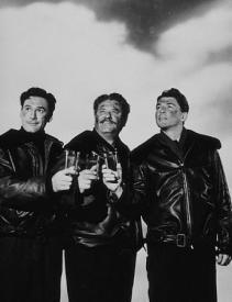 Errol Flynn, Alan Hale, and Ronald Reagan in Desperate Journey.