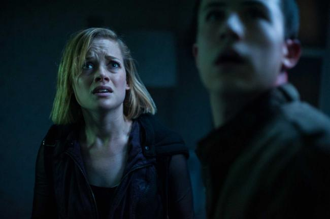 Jane Levy and Dylan Minnette in Don't Breathe.