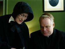 Streep and Hoffman square off