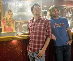 Jessica Simpson, Johnny Knoxville and Seann William Scott in The Dukes of Hazzard.