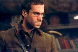 Joseph Fiennes in Enemy at the Gates.