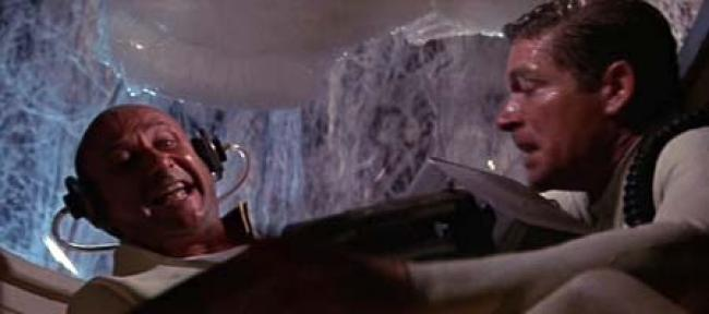 Donald Pleasence and Stephen Boyd in Fantastic Voyage.