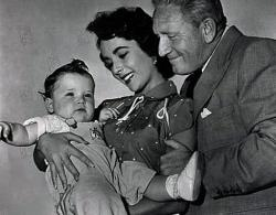 Elizabeth Taylor and Spencer Tracy in Father's Little Dividend