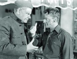 Alan Hale and James Cagney in The Fighting 69th.