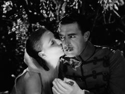 Great Garbo and John Gilbert in Flesh and the Devil.