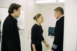 Peter Sarsgaard, Jodie Foster and Sean Bean in Flightplan.