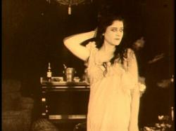 Theda Bara in A Fool There Was.