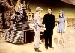 Robby the Robot, Leslie Nielsen, Walter Pidgeon and Anne Francis in Forbidden Planet.