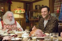 Paul Giamatti and Vince Vaughn in Fred Claus.