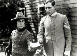 Buster Keaton in The General.
