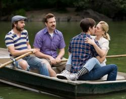Charlie Day, Jason Sudeikis, Justin Long and Drew Barrymore in Going the Distance.