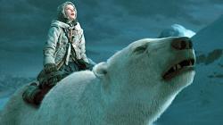 Dakota Blue Richards and a CGI polar bear in The Golden Compass.