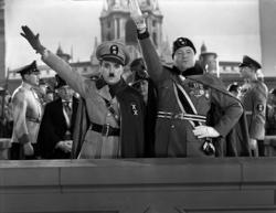 Charles Chaplin and Jack Oakie in The Great Dictator.