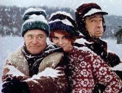 Ann-Margret comes between Jack Lemmon and Walter Matthau in Grumpy Old Men.