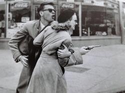 John Dall and Peggy Cummins are Gun Crazy!