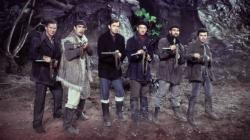 Anthony Quayle, Anthony Quinn, Gregory Peck, David Niven, Stanley Baker, and James Darren in The Guns of Navarone.