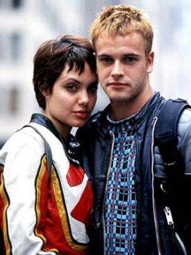 Angelina Jolie and Jonny Lee Miller in Hackers.
